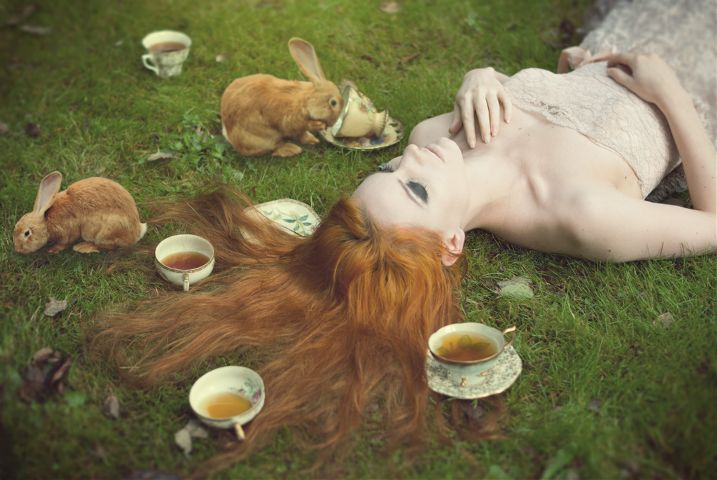 creative photography and editing by Elle Hanley