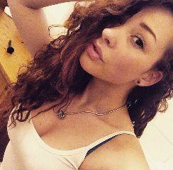 selfie brunette prague praguegirl czech