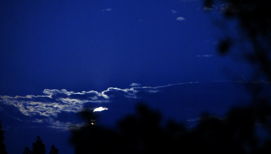 Moonrise. .. #photography