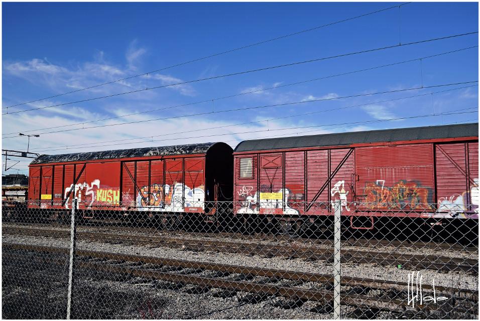 #vibrant #railway  #freetoedit  #red