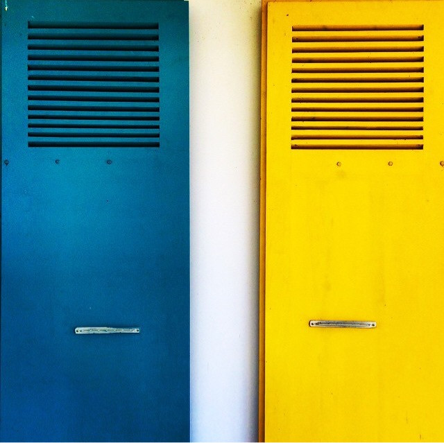 #yellow #blue #doors #hellomoderators