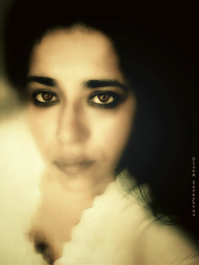 And then there is me.  An edit by my dearest Gizem @gizemkarayavuz she made me smoulder. 😅😄😆 Thank you my darling so much.  #selfportrait #edited #gizemkarayavuz #me #smoulder #thanks
